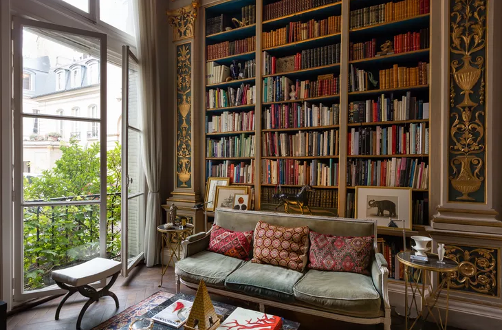 Apartment rue de Varenne Paris - A stunningly beautiful library with gilded pilasters. & Pin by Tony Frye on Books   Pinterest   Reading nooks Pantry room ...