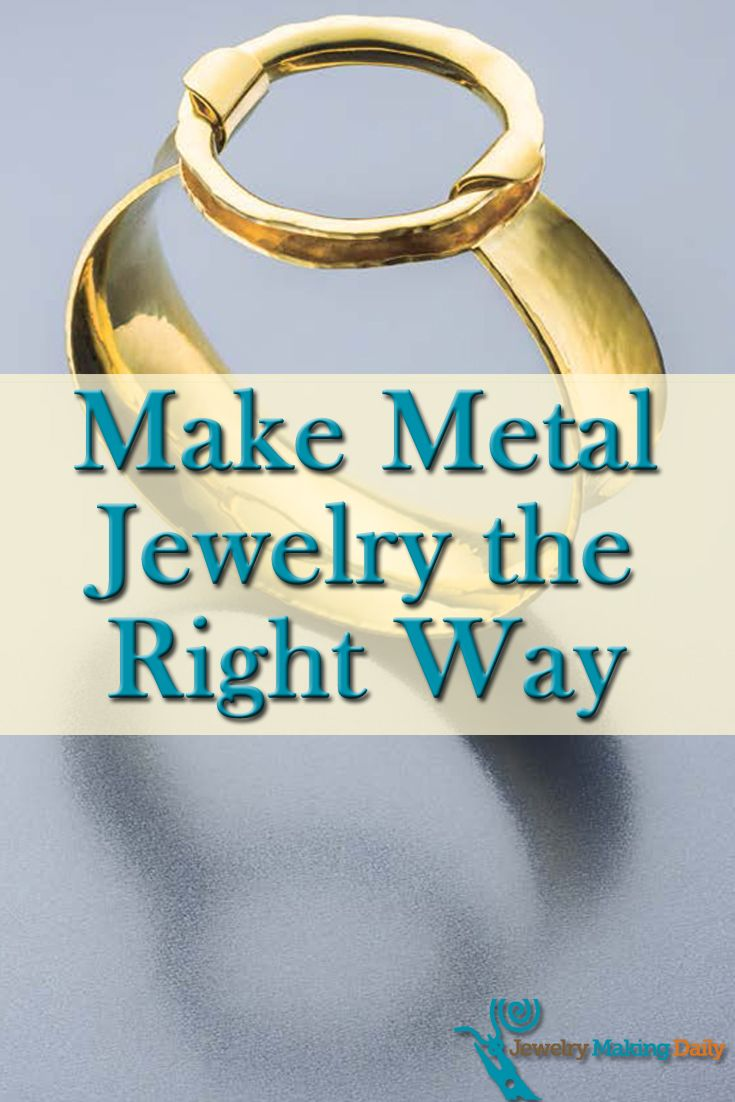 If you like copper, brass or even aluminum jewelry, then you'll LOVE these free metal jewelry making projects. #jewelrymaking #diy #metaljewelry