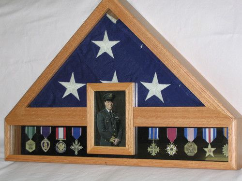 In My Clear Water Story 4 My Heroine Has This Display On Her Bookcase With The Flag From His Casket She H With Images Flag Display Case Medal Display Case Medal Display