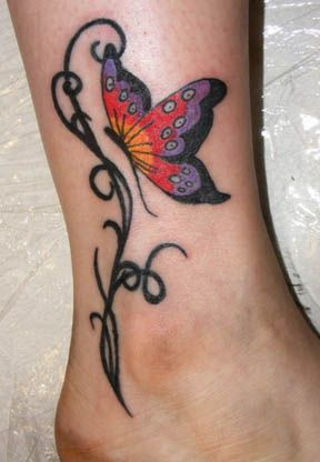 tatouage la cheville mod les de tatouages mod le de tatouage tatouage fleur et cheville. Black Bedroom Furniture Sets. Home Design Ideas