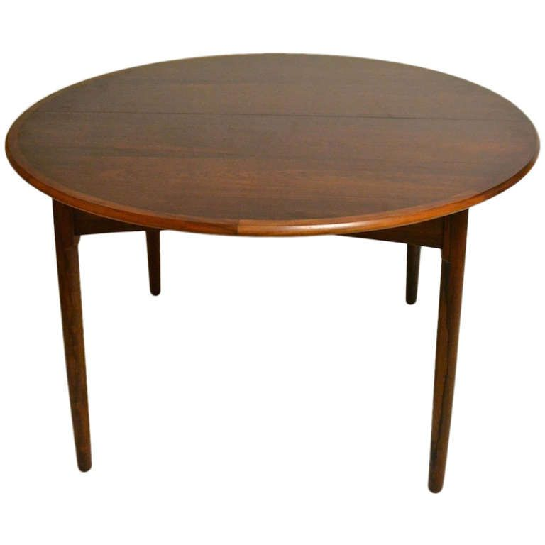 Round Danish Modern Rosewood Dining Table With Two Leaves
