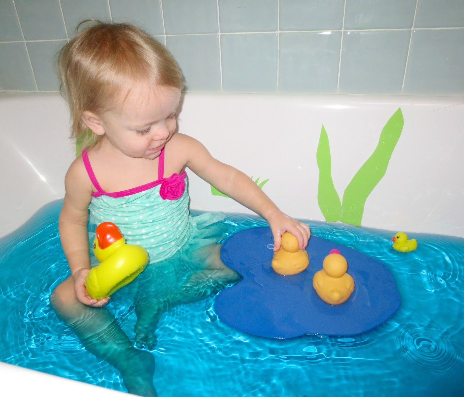 Site FULL of fun bath time activities for toddlers