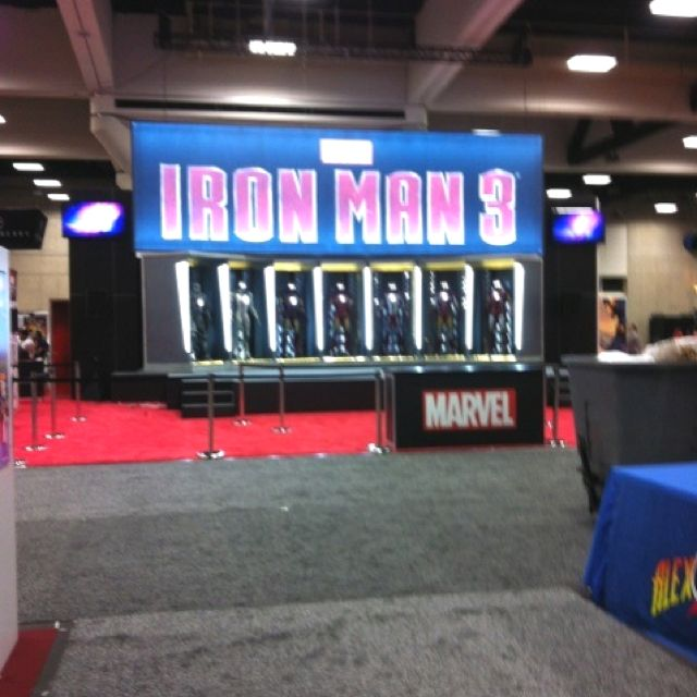 From Twitter #SDCC @YayaHan http://twitpic.com/show/iphone/a6jzlj #ironman 3!! It should probably get to Japan by 2015. We still don't have the #Avengers!!