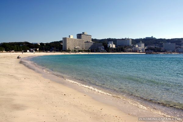 Shirahama in Wakayama Prefecture is so beautiful and the perfect alternative for people who can't go to Okinawa.