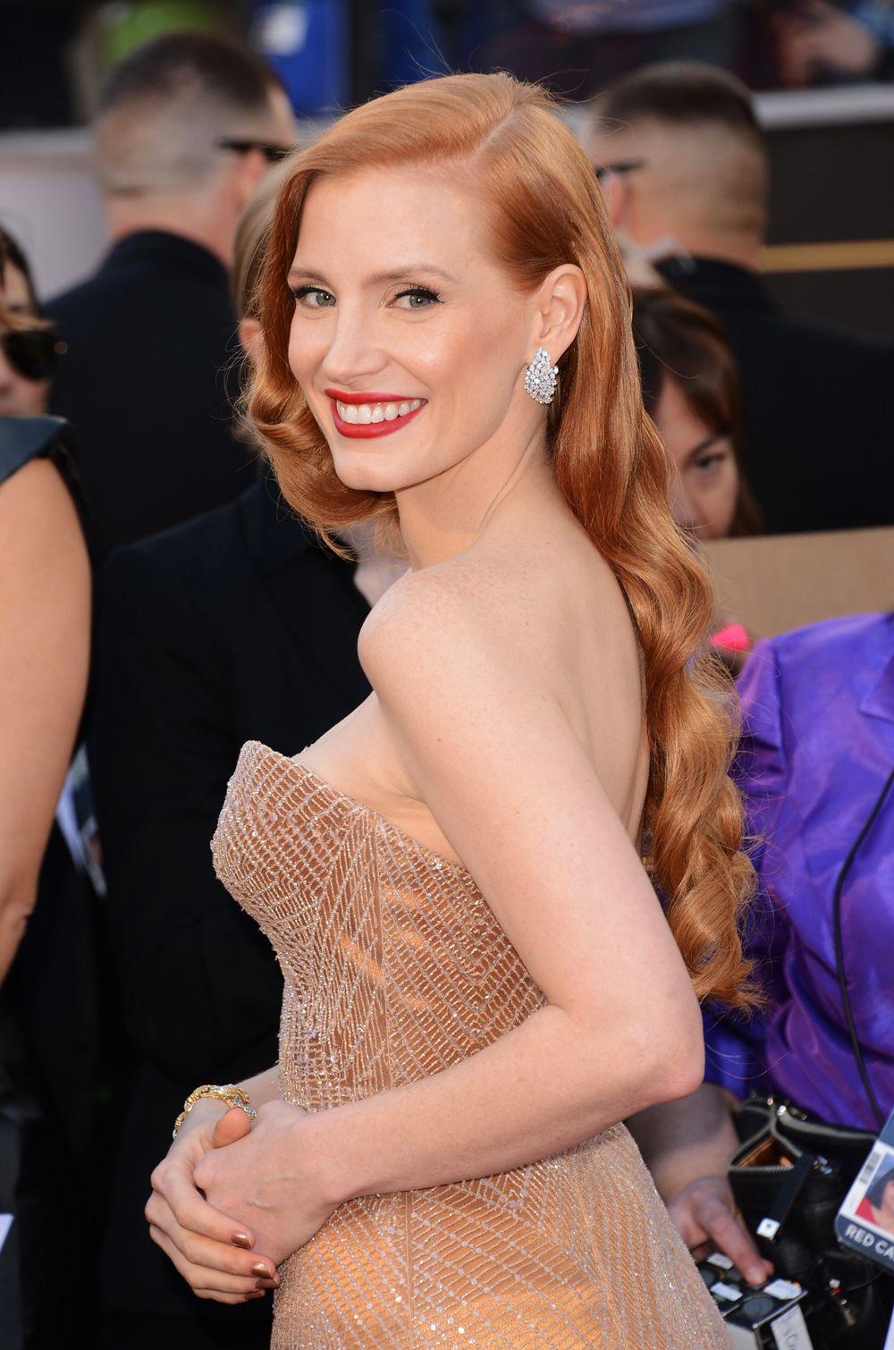 Jessica Chastain Hair Color Formula Oscar Hairstyles Hollywood Hair Red Carpet Hair