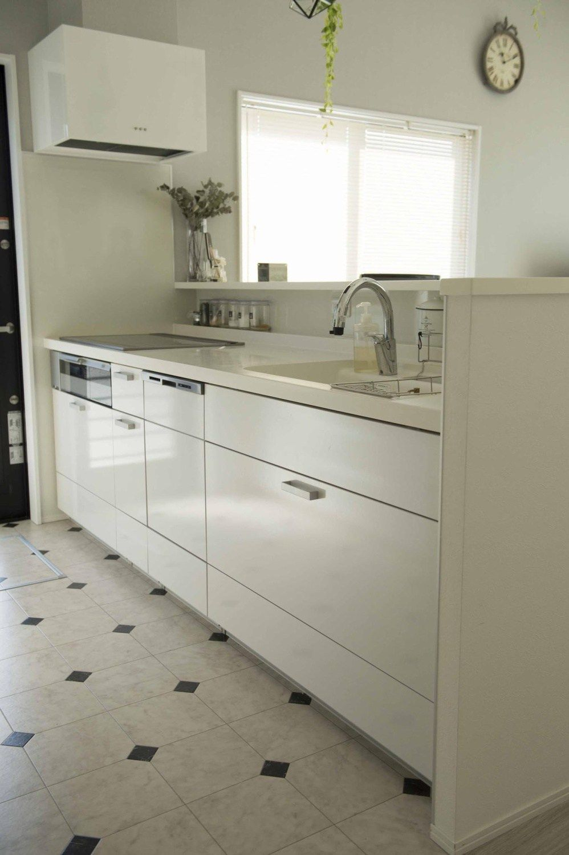 入居後web内覧会 キッチン 吊戸棚は必要なし 収納多いリクシル