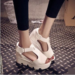 platform sandals chunky high heel belt buckle casual shoes Open Toe Platform Trifle Shoes