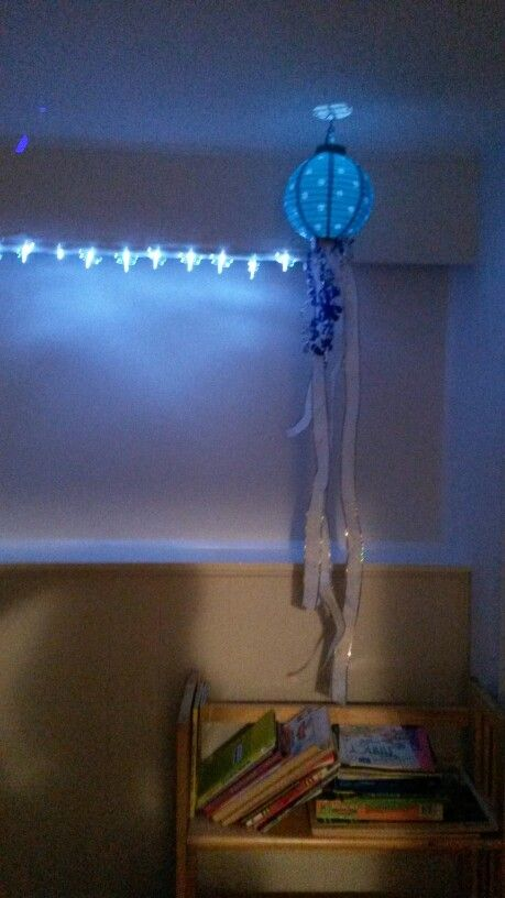 Night Light recycled from under the sea party #nightlight #jellyfish #kidsroom