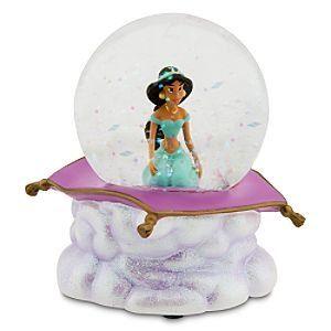 Pin By Stephanie Woodland On Snow Globes Snow Globes Disney Snowglobes Snowglobes