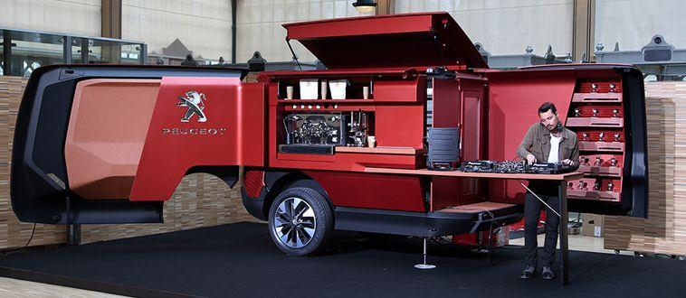 プジョー フレンチレストランに変形するトラックle Bistro Du Lion