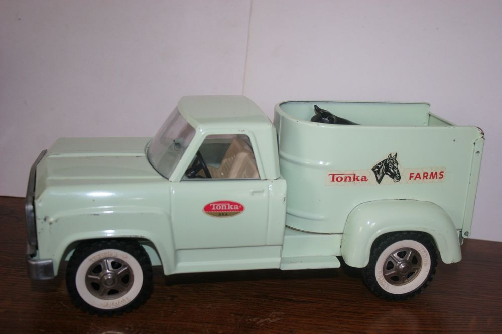 Vintage Toy Trucks Part - 48: VINTAGE TONKA TOYS LIGHT GREEN TONKA FARMS TRUCK With ANIMALS #Tonka