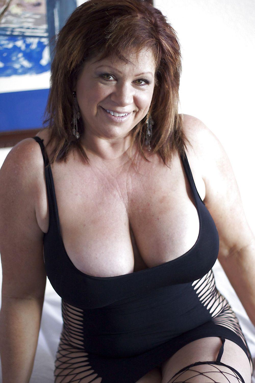Maggie q nackt