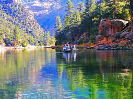 Mountains by green river utah google search swing vote for Green river utah fishing