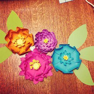 40 Rose Paper flower templates, Paper Roses svg, Paper Flower SVG, Giant Paper Roses, Rose Paper Flowers bouquet, Flower Templates SVG #crepepaperroses
