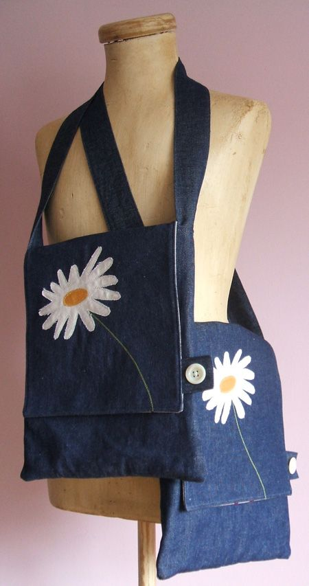 Bag-Tote...love the daisy