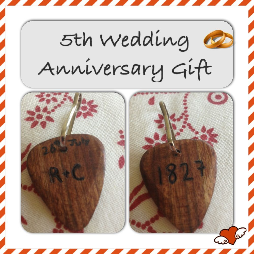 Average Cost Of Wedding Gift: 5th Wedding Anniversary Gift... A Guitar Pick Engraved