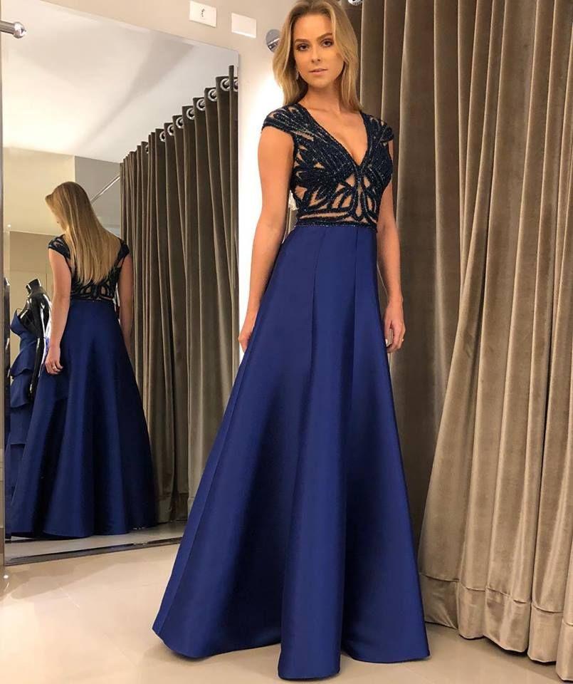 Vestido azul marinho longo
