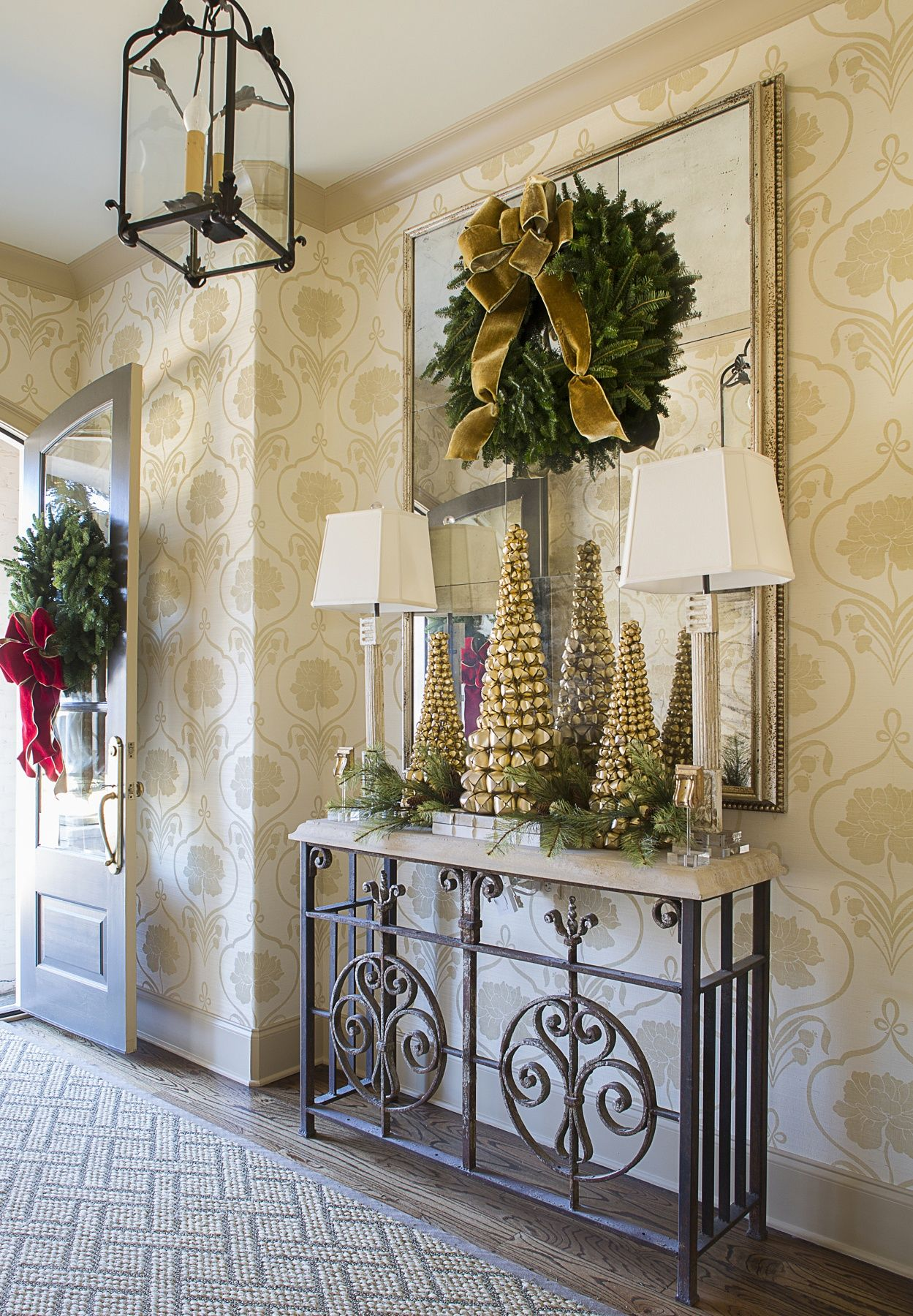 8 Approaches to Holiday Decor — Each Festive & Bright ...