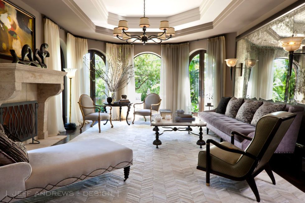Inside Kris Jenner S Glorious Redesigned Los Angeles Mansion Jenner House Home Kris Jenner House