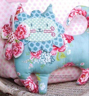 Pattern cat out of the book «Tildas Homemade Ideas»