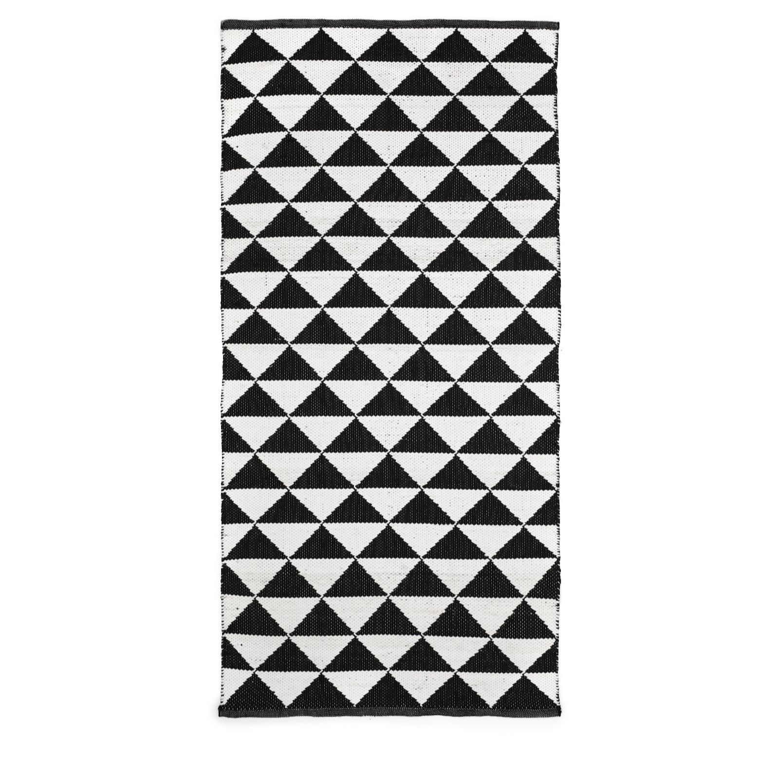 A Contemporary Reversible Rug From Bundleberry By Amanda Holden Boasting A Striking Geometric Design And Suitable For Using I With Images Outdoor Rugs Reversible Rug Rugs