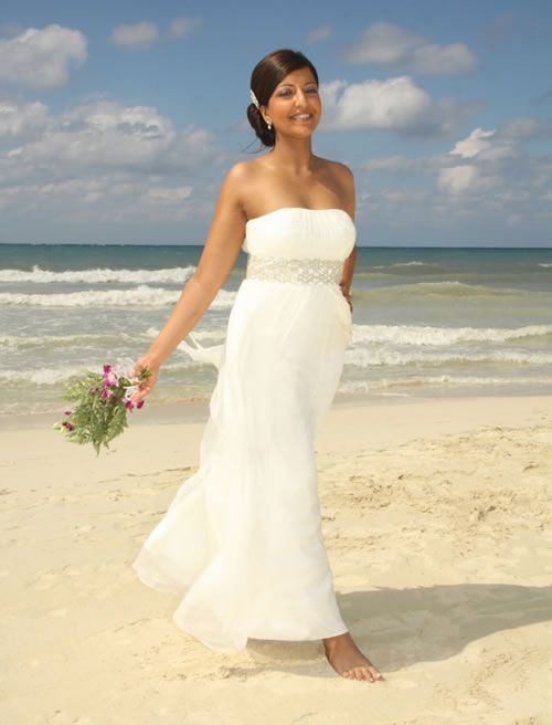 Sandeep And Andrew Chose The Romance Of S Swept Away Jamaica To Exchange Their Vows