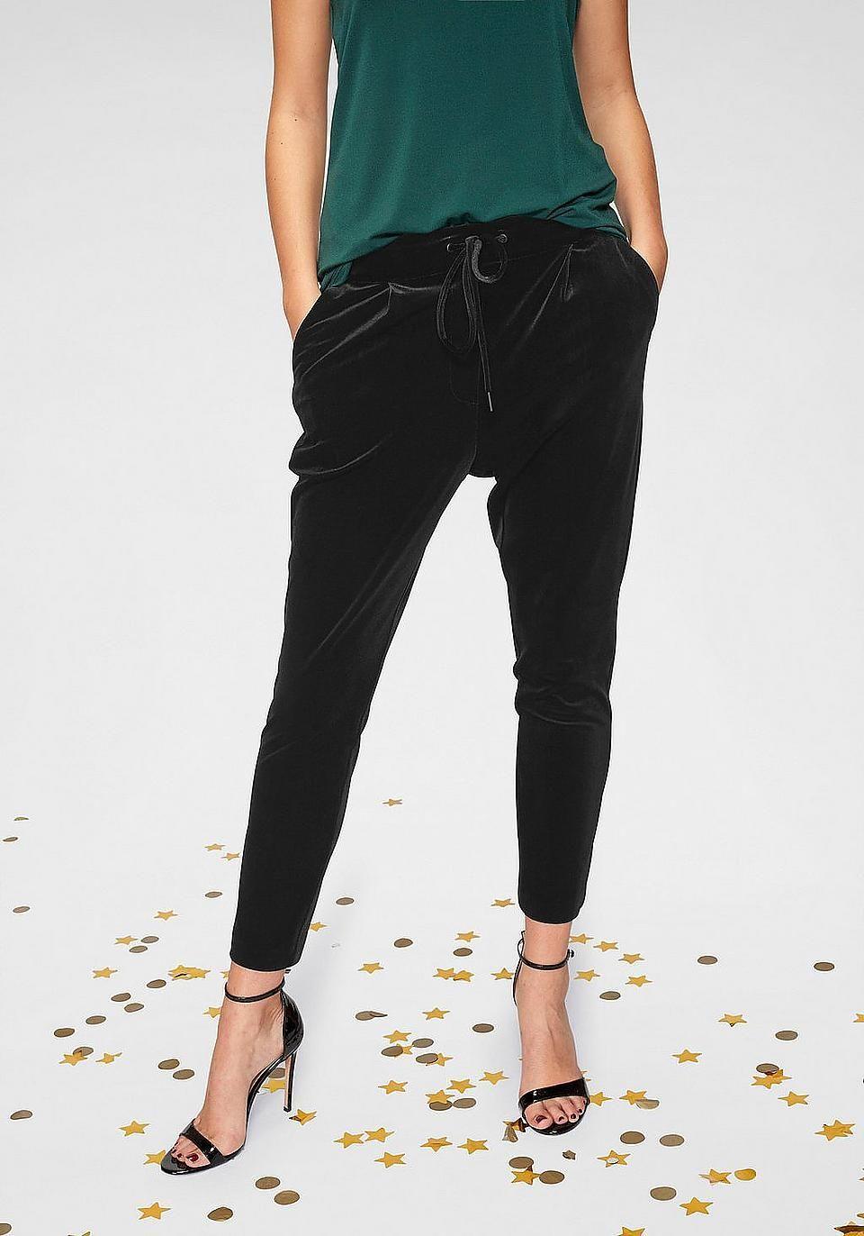 vero moda jogger pants #samt #velvet #samtstoff #modetrend
