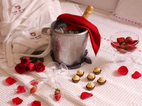 Decorar quarto para o Dia dos Namorados 014 Ideias de decoraç u00e3o rom u00e2ntica Namorados  -> Como Decorar Quarto Pro Dia Dos Namorados