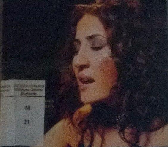 Música folk urbana, que constituye el tercer disco de la cantante kurda Aynur. Título: Keçe kurdan = chica kurda. https://alejandria.um.es/cgi-bin/abnetcl?ACC=DOSEARCH&xsqf99=%20kurda%20sonora%20s-225%20resistencia
