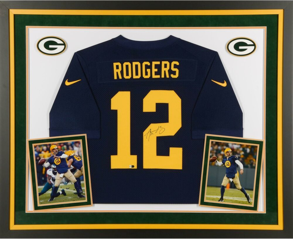 Aaron Rodgers Gb Packers Framed Signed Blue 2014 Throwback Jersey Fanatics Sportsmemorabilia Rodgers Green Bay Green Bay Packers Aaron Rodgers Framed Jersey