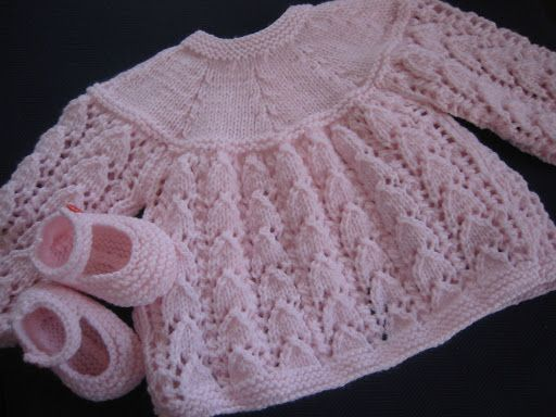 Free Slip Stitch Knitting Patterns : des brassieres Bebes Pinterest Layette, Tricot and Crochet