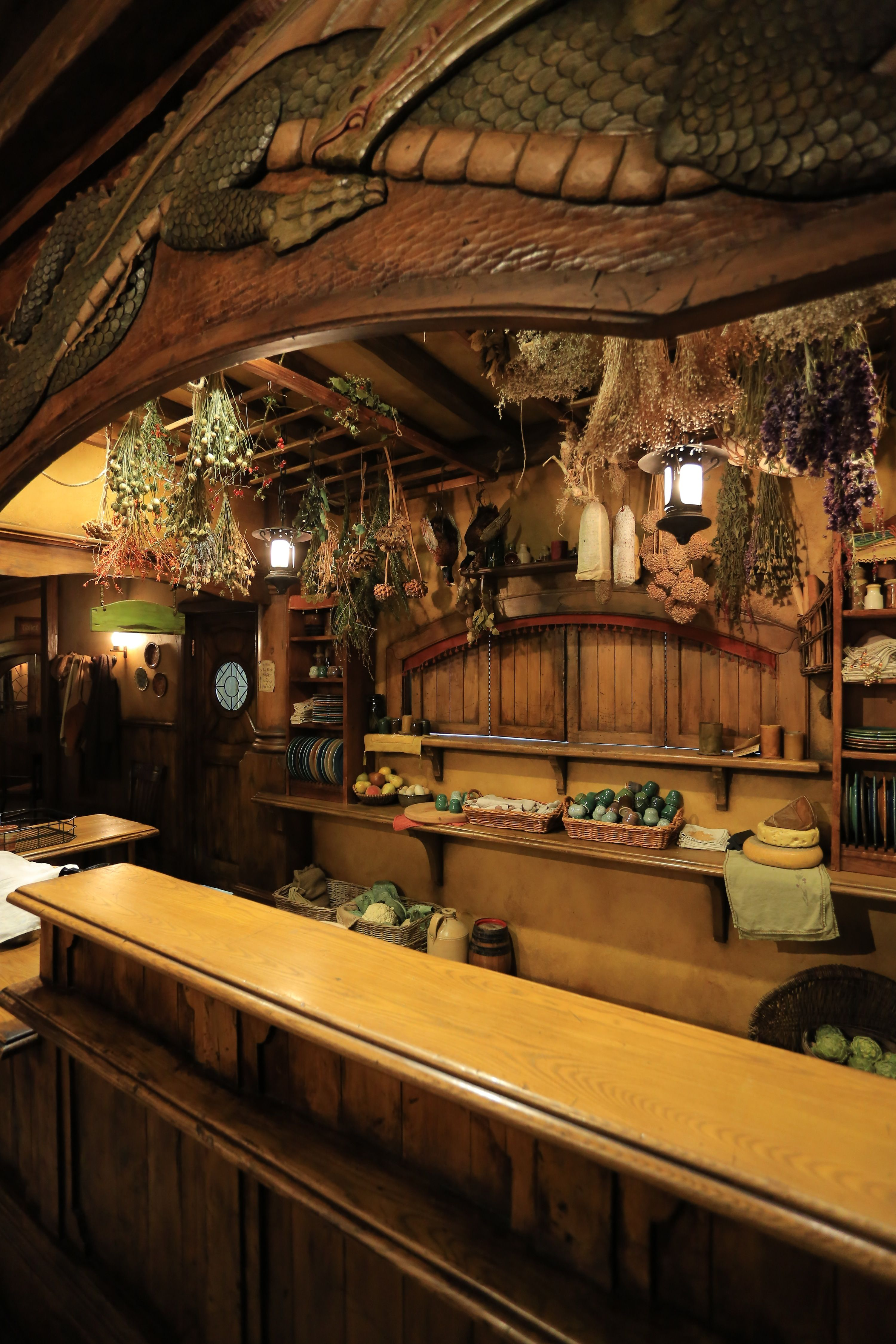 Inside The Green Dragon, Matamata | LOTR | Pinterest | Green ...