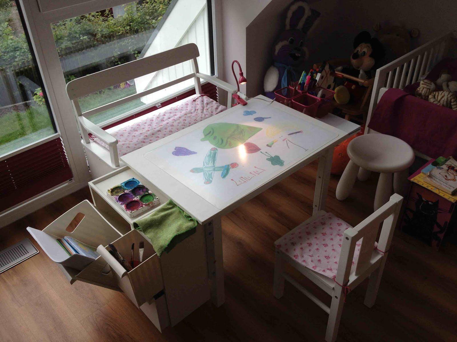 Art desk for kids