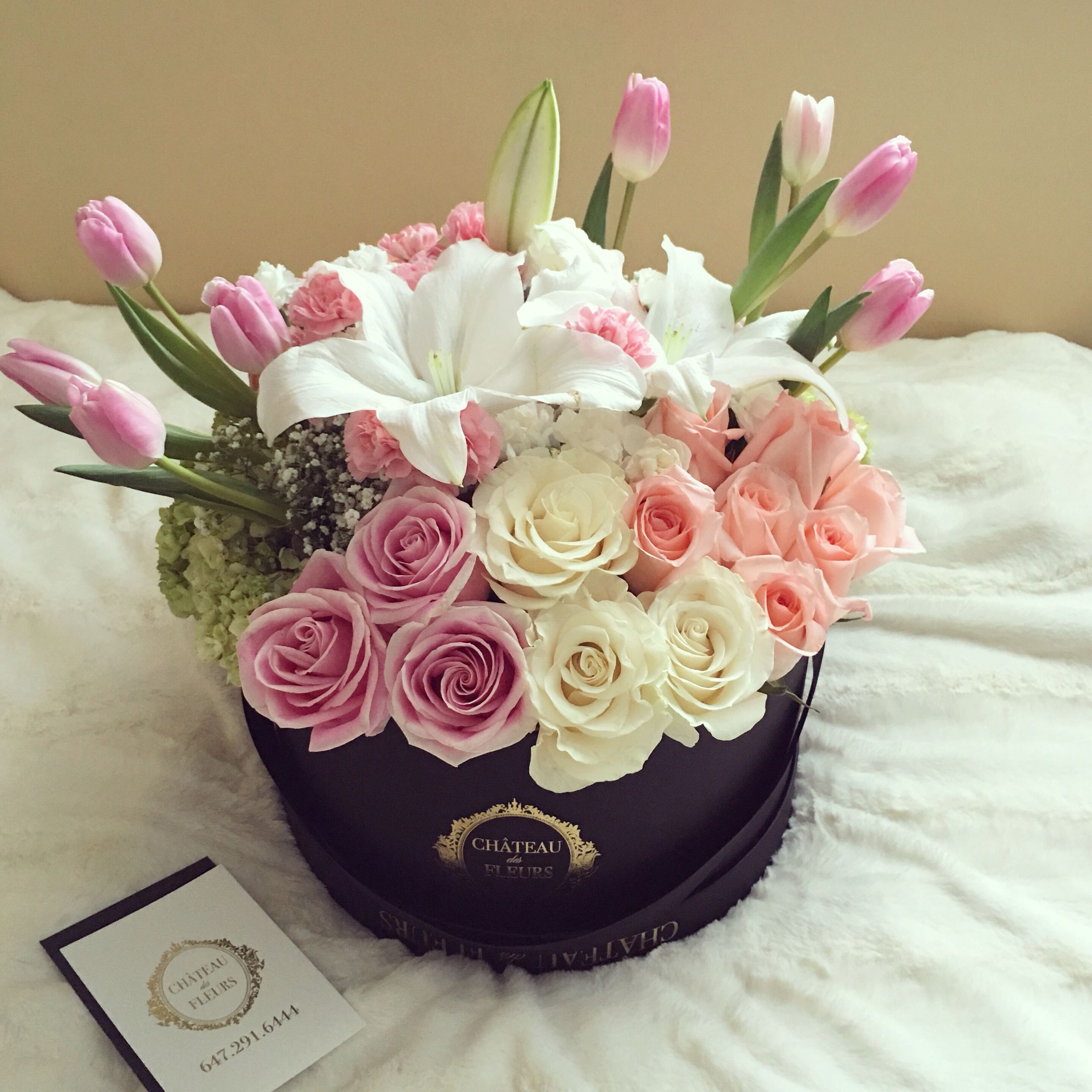 Custom arrangement. Bloom box. Flowers in a box. Luxury