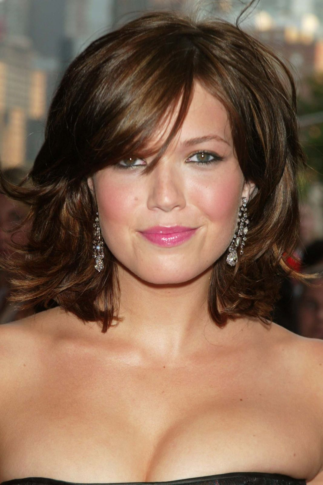 Mandy moore a beauty evolution to remember short hairstyles for