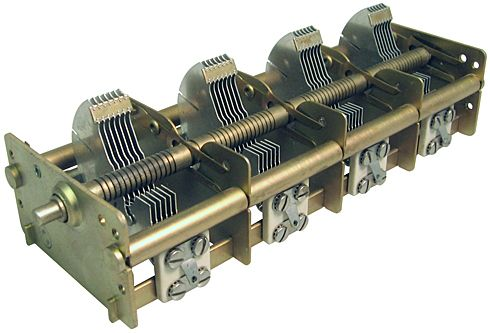 Air Variable Capacitors, Shafted: Quad Section