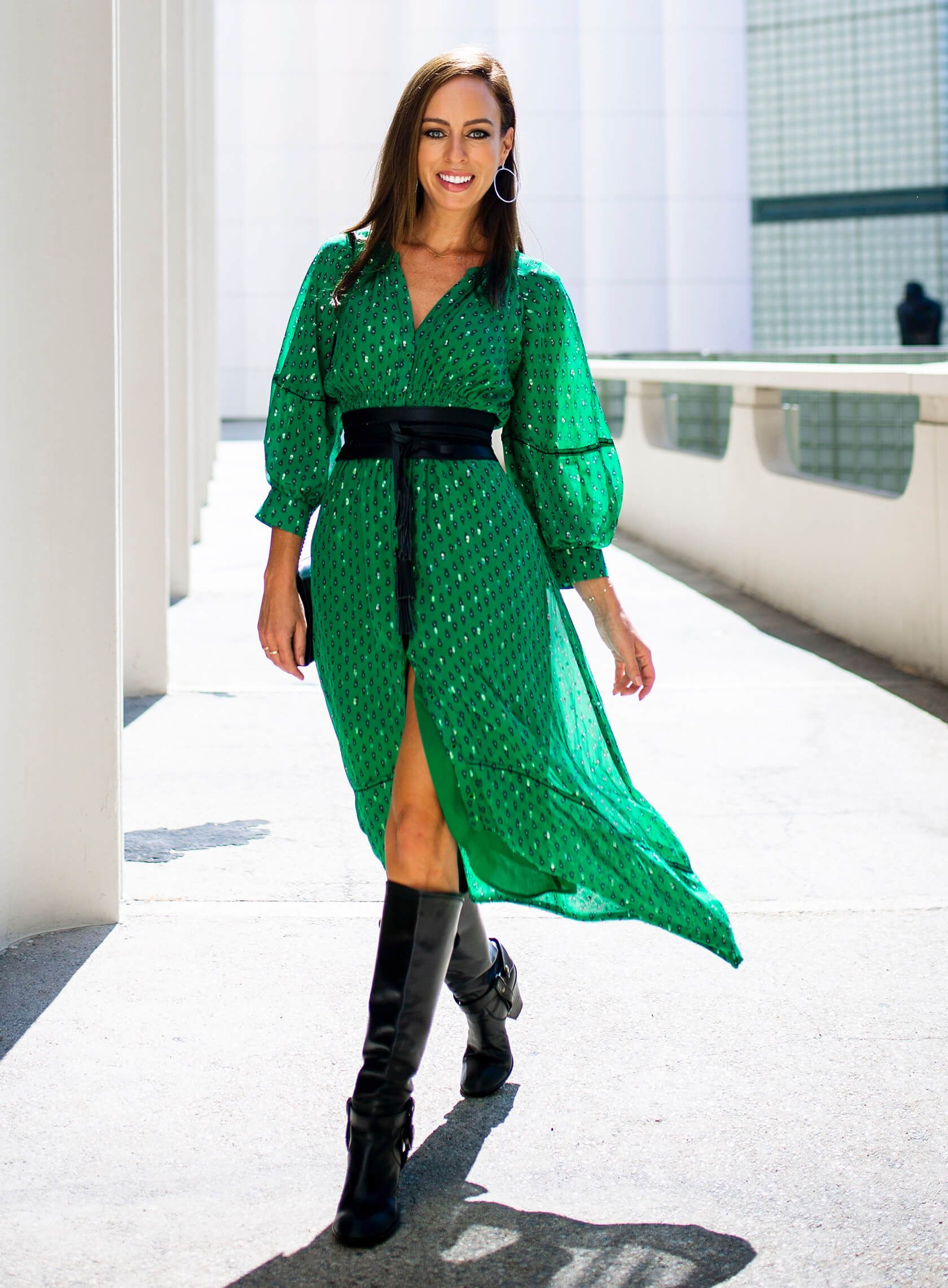 Fall Accessories To Instantly Transition Summer Dresses Sydne Style Summer Dresses Dresses Green Dress Outfit [ 2283 x 1680 Pixel ]