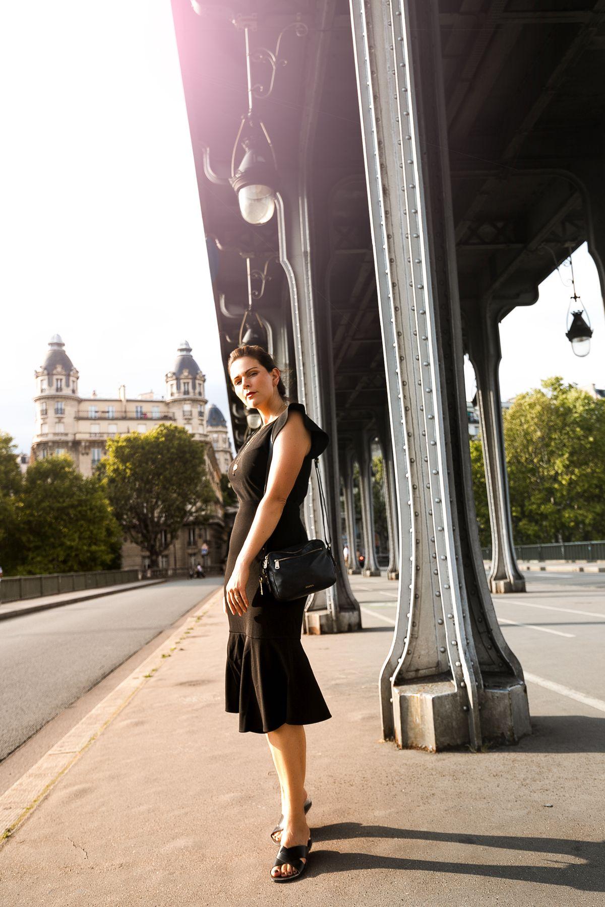 Kleines schwarzes, elegantes schwarzes Kleid, Herbst Outfit ...