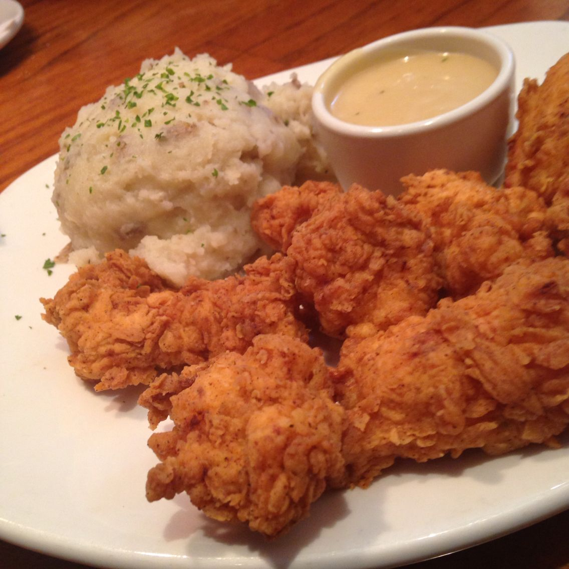 Outback Steakhouse Hand Breaded Chicken Tenders With Garlic Mashed Potatoes Chicken Recipes Recipes Chicken Tender Recipes