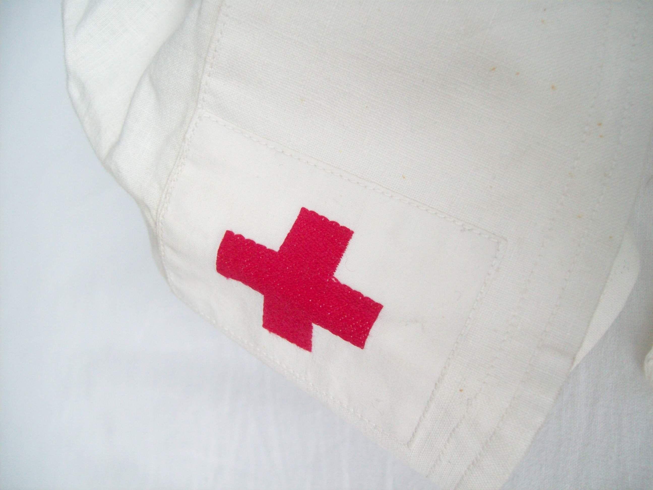 720098d1406389296 Helerinnen Haube Drk Schwester German Red Cross