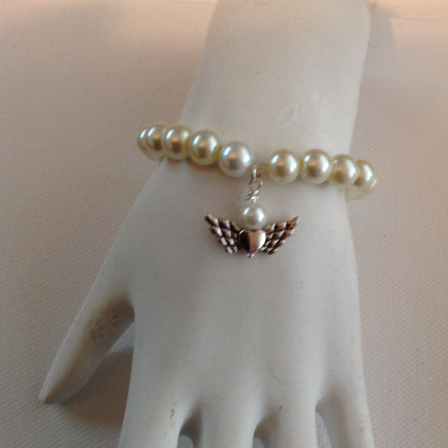 Bracelet white pearl and angel bracelet wedding flower girl