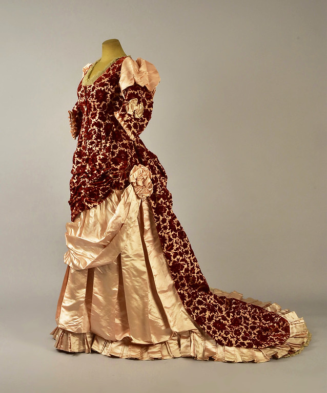 LOT 390 ENGLISH TRAINED CUT VELVET and SATIN GOWN, c. 1883 - whitakerauction