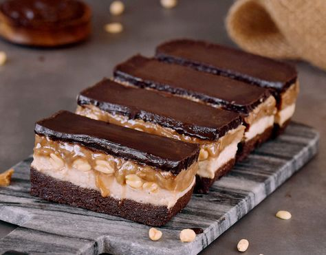 These No Bake Vegan Snickers Bars Are The Perfect Treat Because