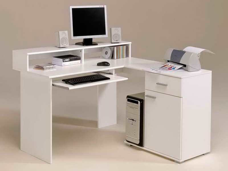 Wonderful White Ikea Corner Desk Furniture Jpg 800 600 Minimalist Computer Desk Computer Desks For Home White Computer Desk