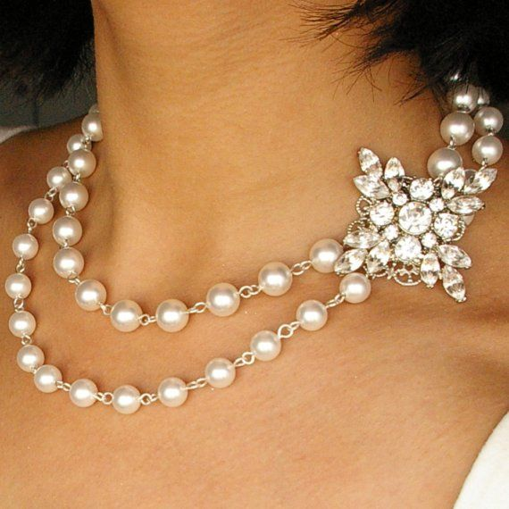 Rhinestone and Pearl Bridal Necklace Vintage Bridal by luxedeluxe, $112.00