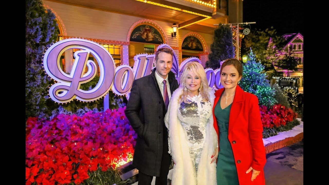 Preview Christmas at Dollywood starring Danica McKellar