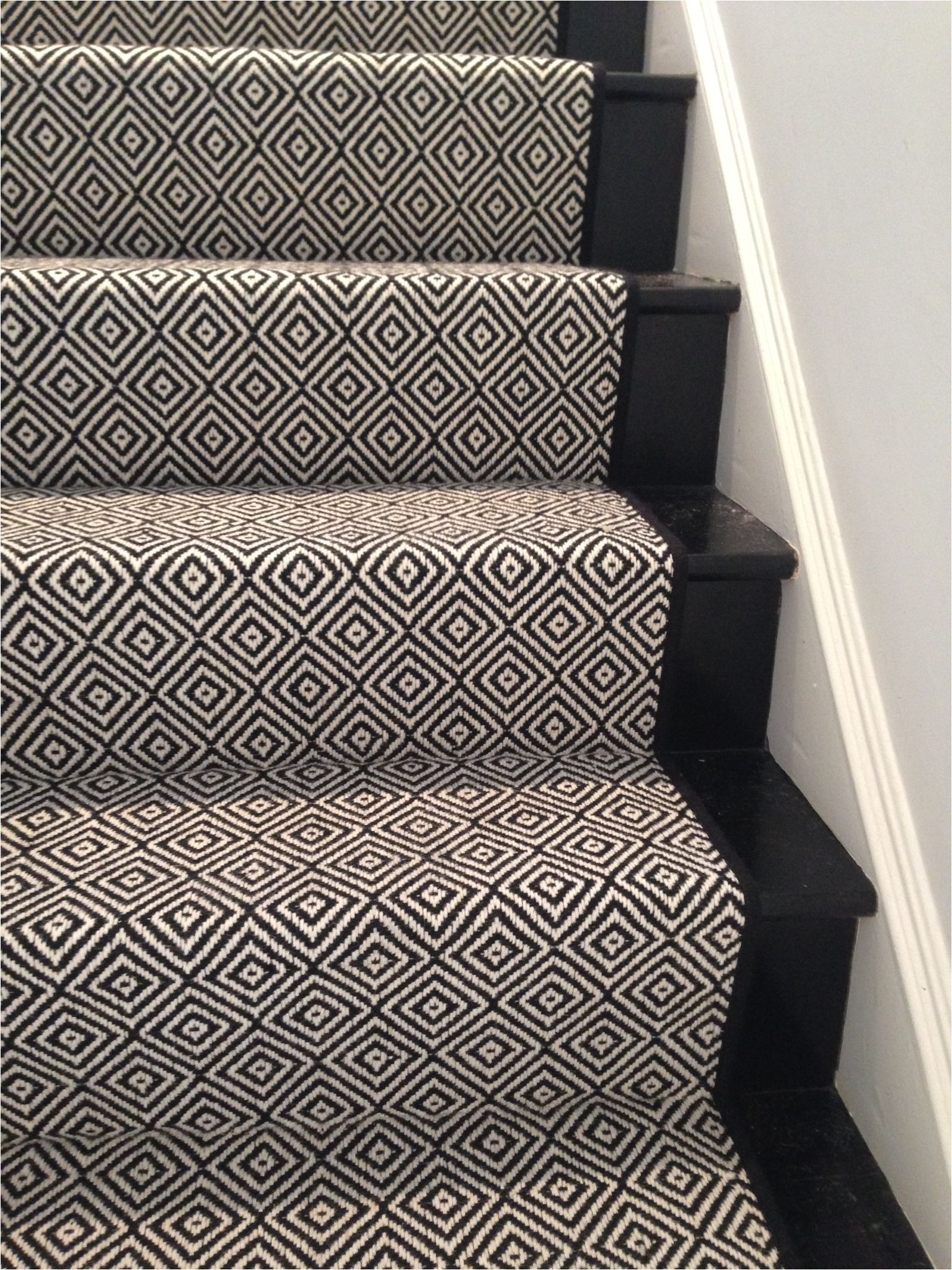 Best Black And Beige Runner Rug Carpet Stairs Hallway Carpet 400 x 300
