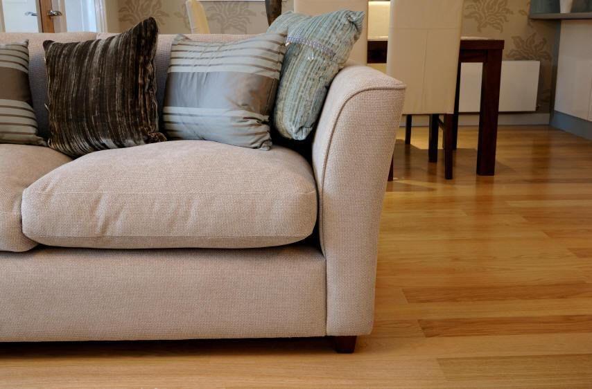 شركة تنظيف اثاث بالرياض Clean couch, Cleaning upholstery