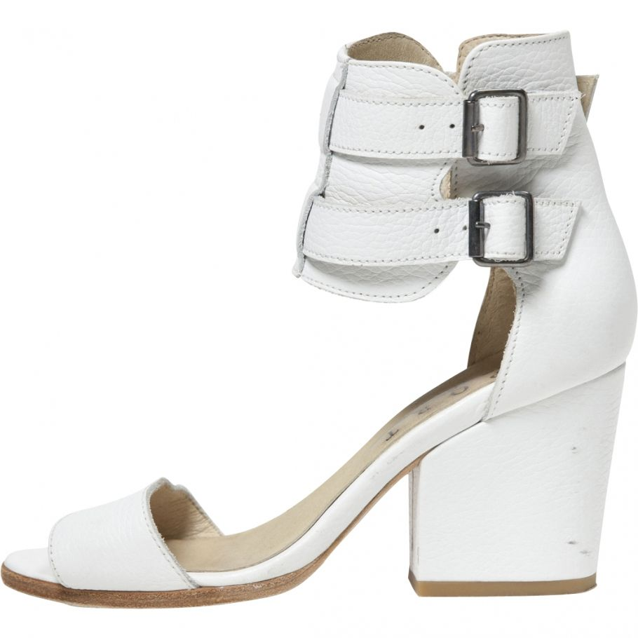 The Kooples White Sandals | Vestiaire Collective