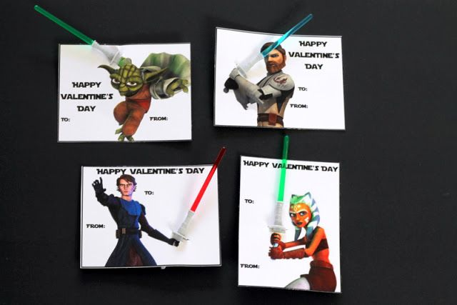 Star Wars Printable Valentines - Use Light saber cupcake picks or pencils!